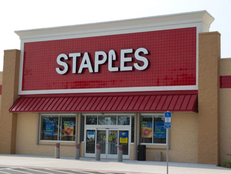 She's pregnant with twins. Staples thought belly was stash of stolen goods, she says